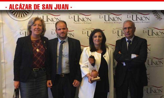 La Cooperativa La Unión otorga al ayuntamiento un reconocimiento a la mejor Campaña de Promoción Turística