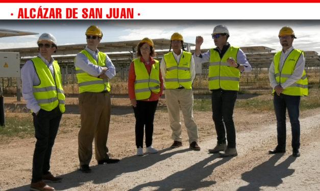 Las cuatro plantas fotovoltaicas ubicadas en el término municipal de Alcázar podrán abastecer a 90.000 hogares a partir de noviembre