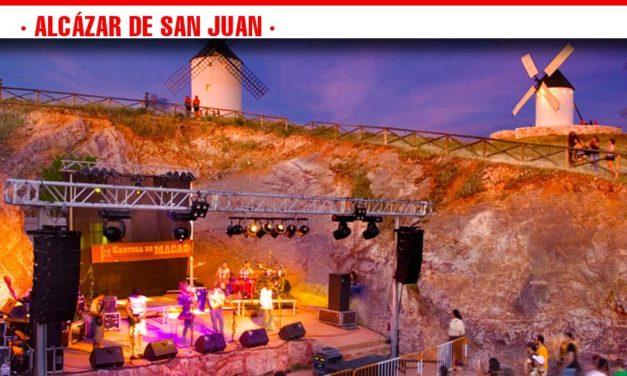 Recomendaciones de la policía local para el aparcamiento regulado para el concierto de Ismael Serrano en el escenario natural de la cantera de los molinos