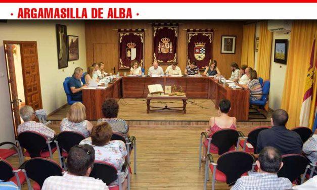 El alcalde informa de la distribución de las concejalías y sus titulares