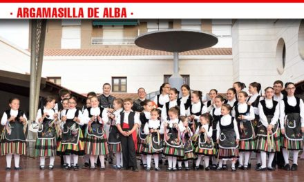 """El Festival Infantil de Folklore """"Lugar Nuevo"""" alcanzó su vigésima edición"""
