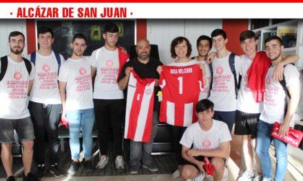 Los juveniles del Racing de Fútbol Sala fueron recibidos en el Ayuntamiento tras ascender a División de Honor