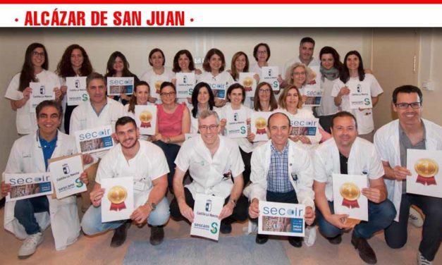La Sociedad Española de Cirugía Ocular concede un primer premio al Hospital Mancha Centro