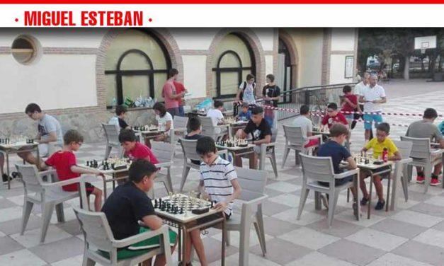 El III Campeonato de Ajedrez de Miguel Esteban incluirá simultánea, torneo y partidas entre escuelas