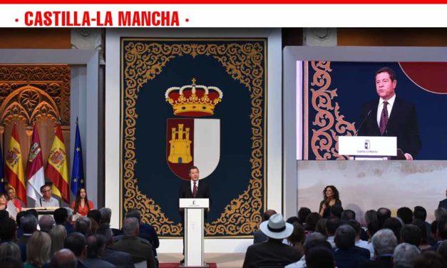"""El presidente de Castilla-La Mancha adelanta una legislatura marcada por """"más diálogo, más pactos, más cercanía y más moderación"""""""
