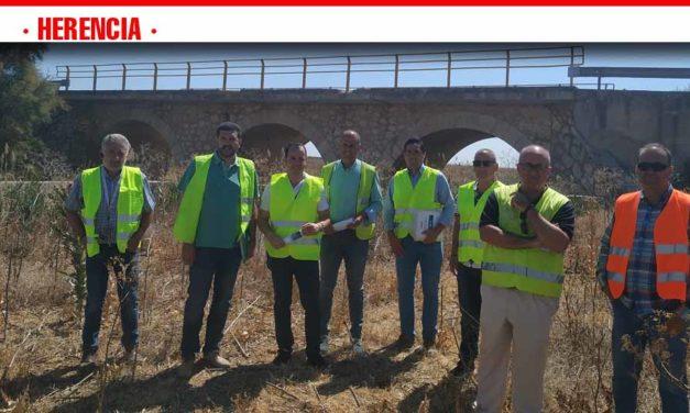 Comienzan las obras sobre el puente del Rio Cigüela