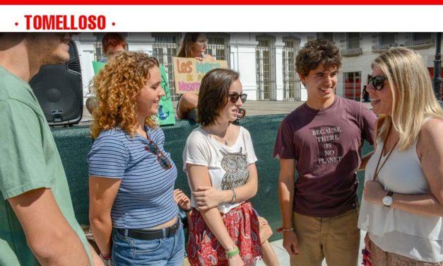 El equipo de gobierno muestra su adhesión a la lucha contra el cambio climático