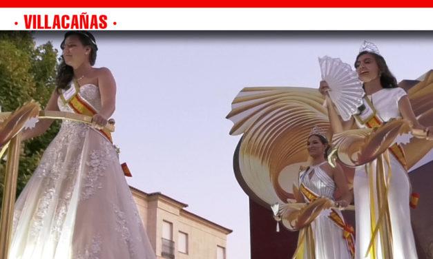 La carroza de la peña Ausentes ha sido la ganadora del gran desfile de carrozas y comparsas de la Feria y fiestas 2019 de Villacañas