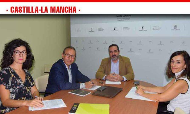 Integración cooperativa, jóvenes, y formación, propuestas centrales de Cooperativas al director general de Desarrollo Rural