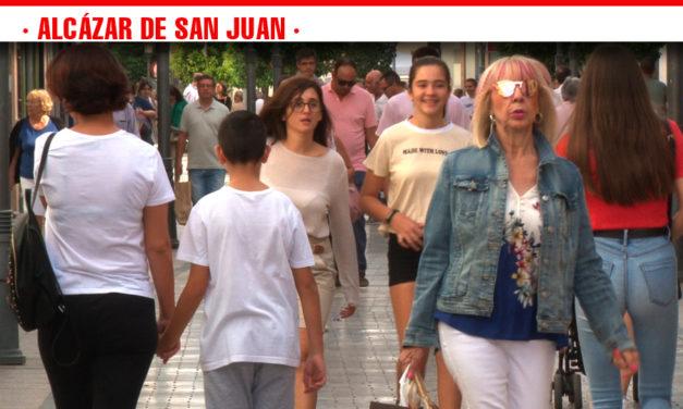 El tiempo da tregua al comercio en la edición de otoño de 'A pie de calle' en Alcázar de San Juan