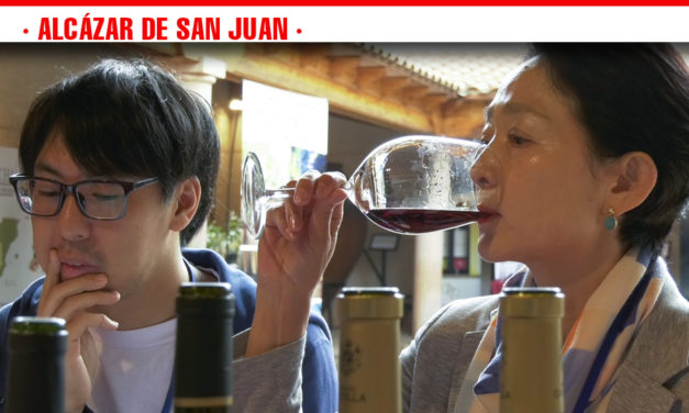 El Consejo Regulador reúne a más de una docena de profesionales de la importación de Japón, México y Colombia para conocer los vinos de la DO La Mancha