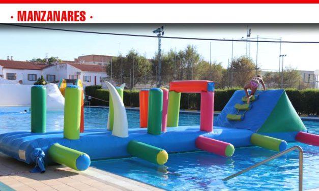 La Fiesta del Agua pone el broche de oro a la temporada de la piscina de verano