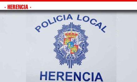 La Policía Local realizará una campaña de control de distracciones al volante