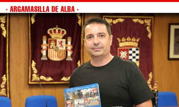Presentada la oferta de la Universidad Popular de Argamasilla de Alba para el curso 2019/20