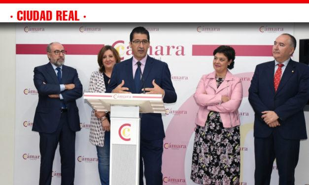 Caballero anuncia una importante partida para incentivar el emprendimiento y la inversión en pueblos afectados por la despoblación