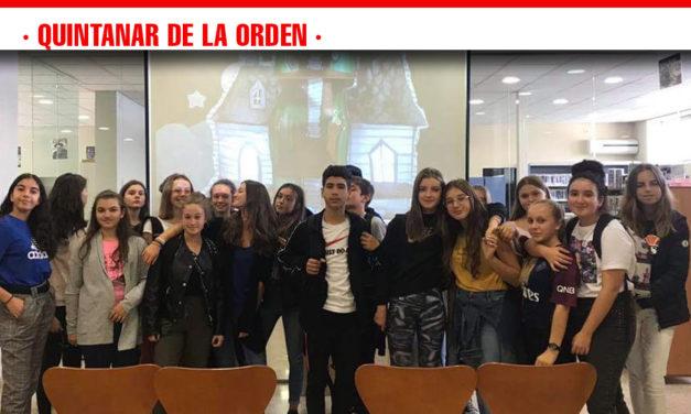 La Biblioteca realiza una interesante actividad con los alumnos de intercambio del IES Alonso Quijano