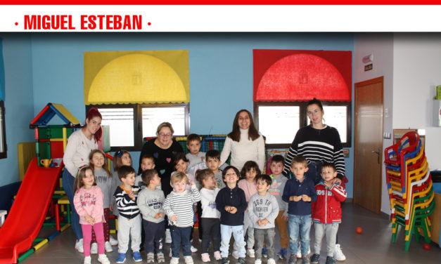 Un total de 34 niños asisten a la Ludoteca Municipal de Miguel Esteban