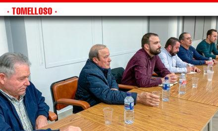 Álvaro Rubio se reúne con agricultores afectados por el estado del camino de Cirujano y avanza fechas para las obras