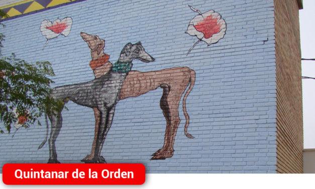 El artista local Arturo Rojo homenajea a Cervantes con un gran mural en la Pista Jardín Colón
