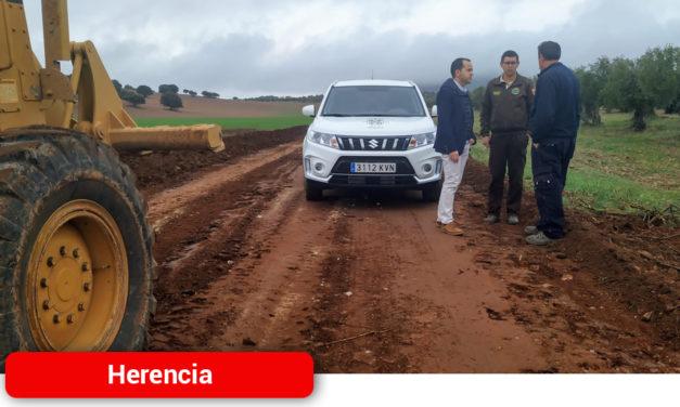 Comienza la última fase del año de mejoras de caminos en el término municipal de Herencia
