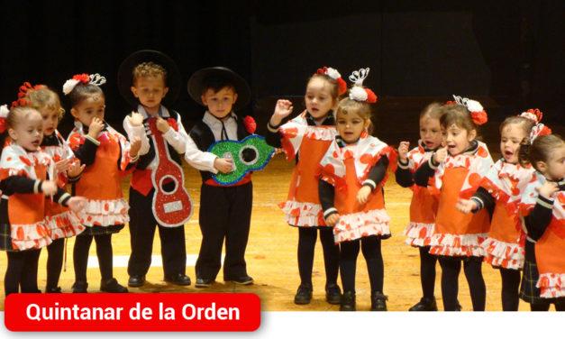Cáritas celebra su tradicional Festival Navideño con la colaboración de los Centros Educativos