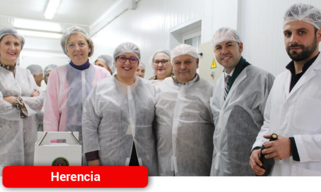 Olmedo traslada el apoyo de la Junta a los emprendedores que apuestan por el sector agroalimentario