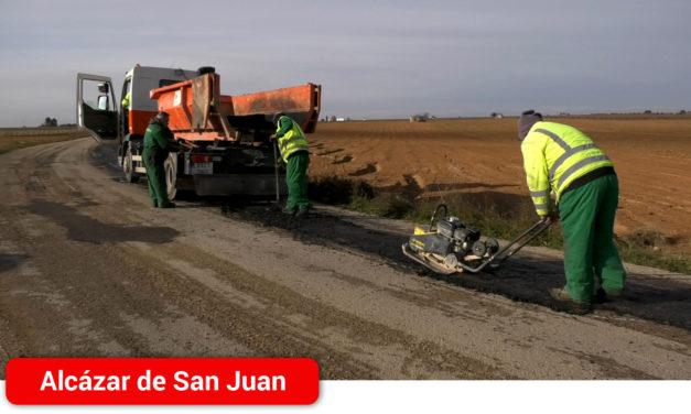 El ayuntamiento de Alcázar de San juan invierte 11.000€ en la reparación del camino rural que une Alameda de Cervera y Cinco Casas