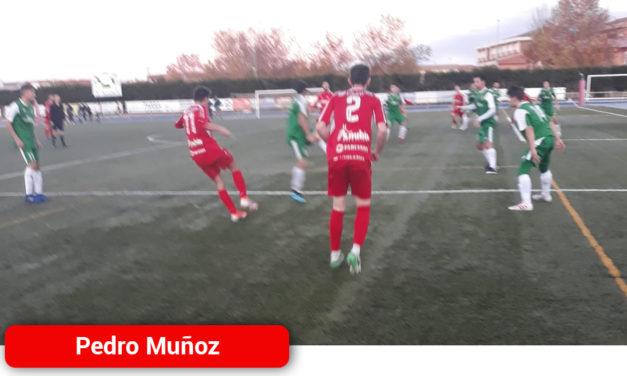 El Atlético Pedro Muñoz se atasca de nuevo ante un Piedrabuena que se defendio con orden