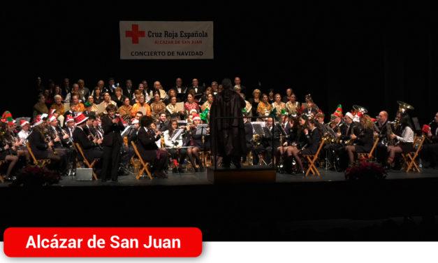Tradición, cultura y solidaridad en el XXXII Concierto de Navidad de Cruz Roja en el Auditorio Municipal de Alcázar de San Juan