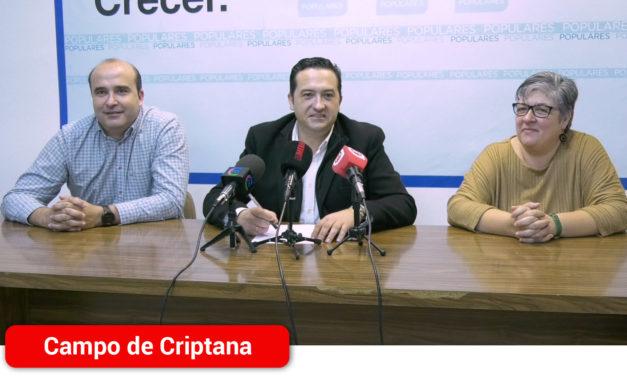 """Antonio Lucas-Torres: """"Page vino a vender humo y lo malo es que el alcalde de Campo de Criptana se lo compró"""""""