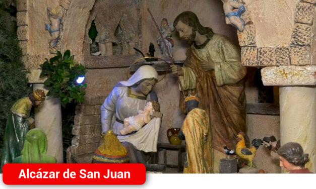 Más de 150 figuras y nuevas escenografías en el Belén Monumental que ya engalana el Ayuntamiento de Alcázar de San Juan