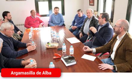 José Juan Fernández se reúne con la comunidad de regantes
