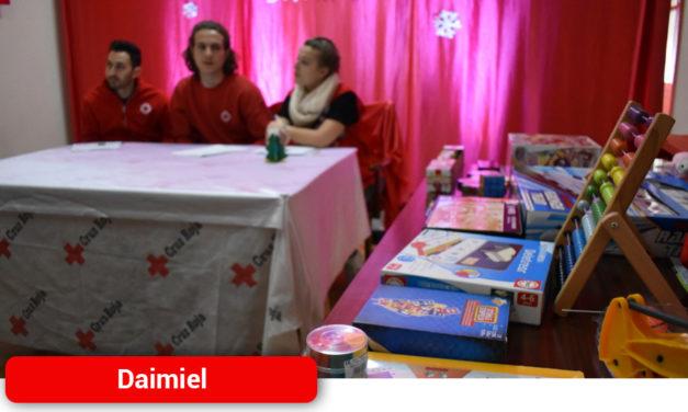 Los Reyes Magos no se olvidan de las familias más humildes gracias a Cruz Roja Juventud