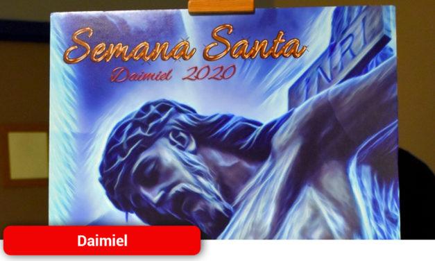 La imagen 'Ultravioleta' anuncia la Semana Santa 2020 en Daimiel
