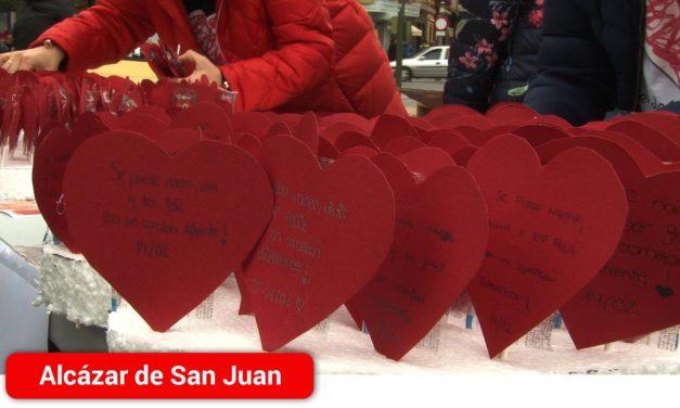 La Fundación Menudos Corazones conmemora el Día Internacional de las Cardiopatías Congénitas con una mesa solidaria en Alcázar de San Juan