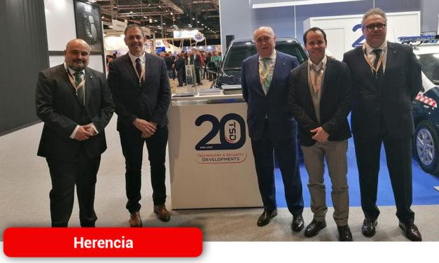 El alcalde y el concejal de Promoción Económica presentes en el 20 aniversario de TSD