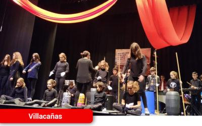 Manos Unidas celebra con notable éxito su XXI Festival de Artistas Locales