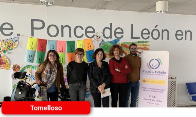 El Gobierno regional se interesa por la labor que realizan los centros de Educación Especial 'Ponce de León' de Tomelloso y 'Mingoliva' de Madridejos
