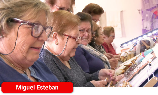 Los mayores de Miguel Esteban son primordiales en la transmisión de la sabiduría y los quehaceres más tradicionales