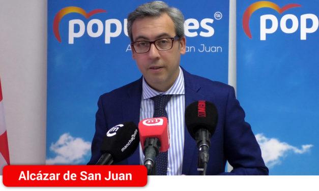 """""""Intolerable"""" el discurso, y """"frívolo y desaprensivo"""" el presidente regional, calificativos del PP de Alcázar de San Juan que exige la dimisión de García-Page"""