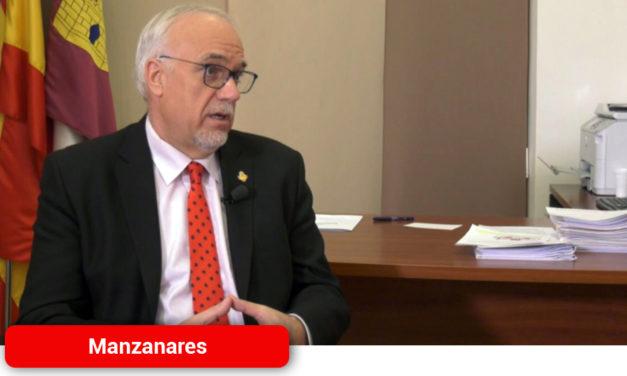 Julián Nieva anuncia la suspensión de actividad en la Universidad Popular, la Escuela de Música o el CADI