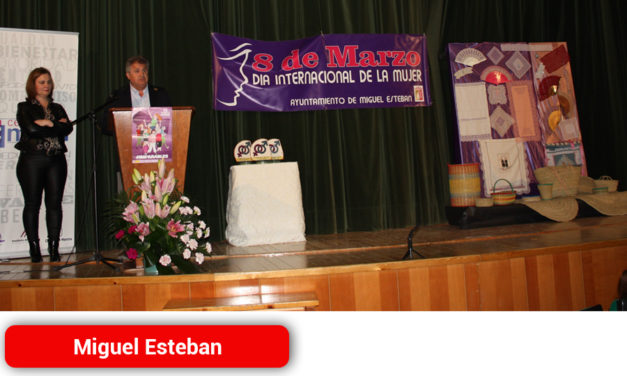 Miguel Esteban ensalzó la educación y el asociacionismo como ejes para lograr la igualdad de género