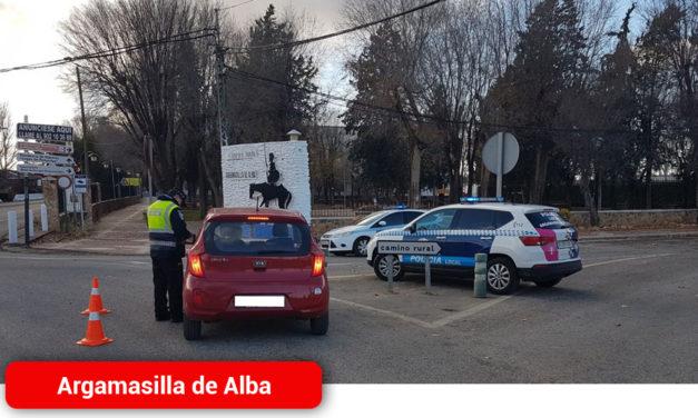 La Policía Local de Argamasilla de Alba ha levantado ya varias actas de denuncia por incumplimiento de las medidas impuestas por el Estado de Alarma
