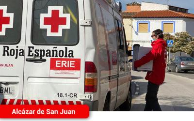 Ya se han entregado en el hospital 22.000 mascarillas confeccionadas por voluntarias y voluntarios.