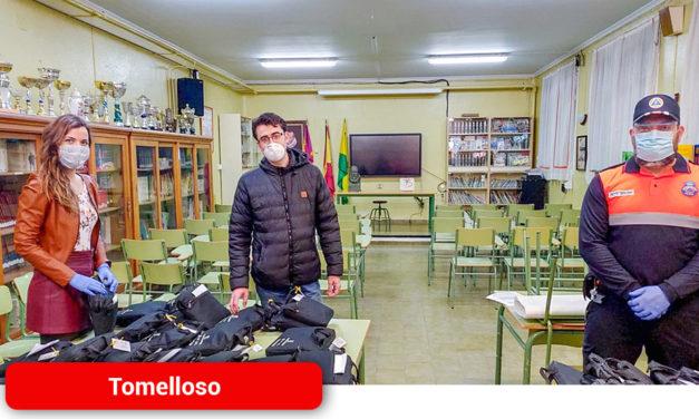 El Ayuntamiento reparte 158 equipos informático entre el alumnado de Tomelloso