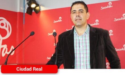 El PSOE provincial pide al PP que cese al diputado nacional, Juan Antonio Callejas, de sus cargos de alcalde y parlamentario