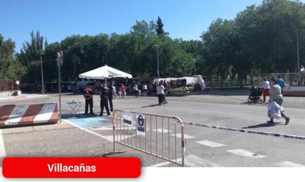 El mercadillo ha reabierto en su nueva ubicación en el parque de la Sobana y con las nuevas medidas de seguridad