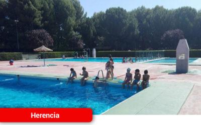 Convocatoria para los procesos de selección de socorristas y monitores de natación de la Piscina Municipal
