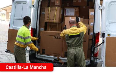 El Gobierno regional ha distribuido esta semana una nueva remesa con más de 584.000 artículos de protección para los profesionales sanitarios
