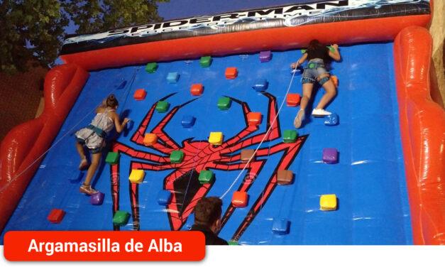 Finaliza prematuramente la actividad «Noches de Glorieta» con alta participación infantil y juvenil